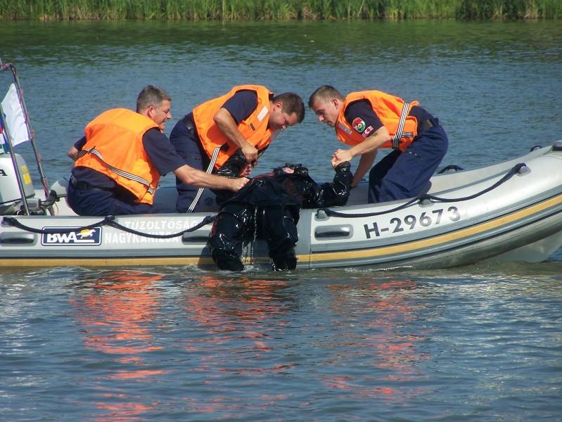 nagykanizsa tűzoltóság vízből mentés 3