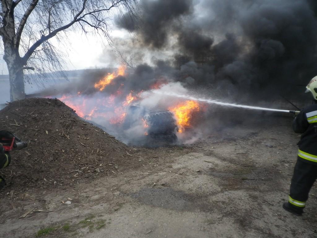 autógumi tűz