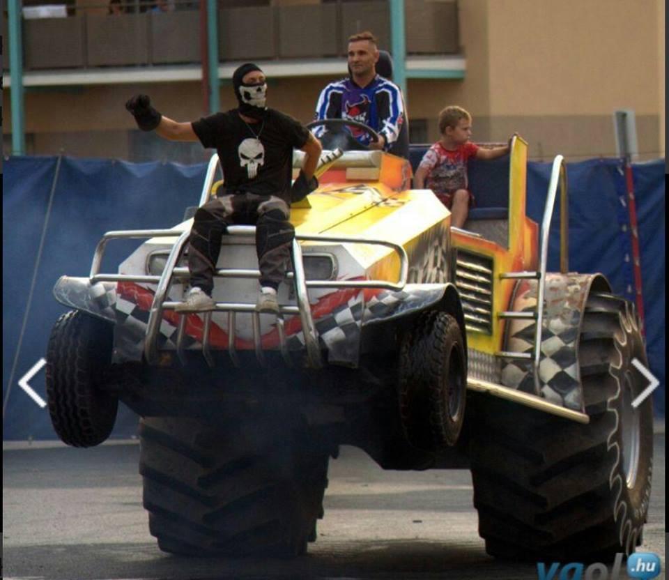 monster-truck-motor-show-2