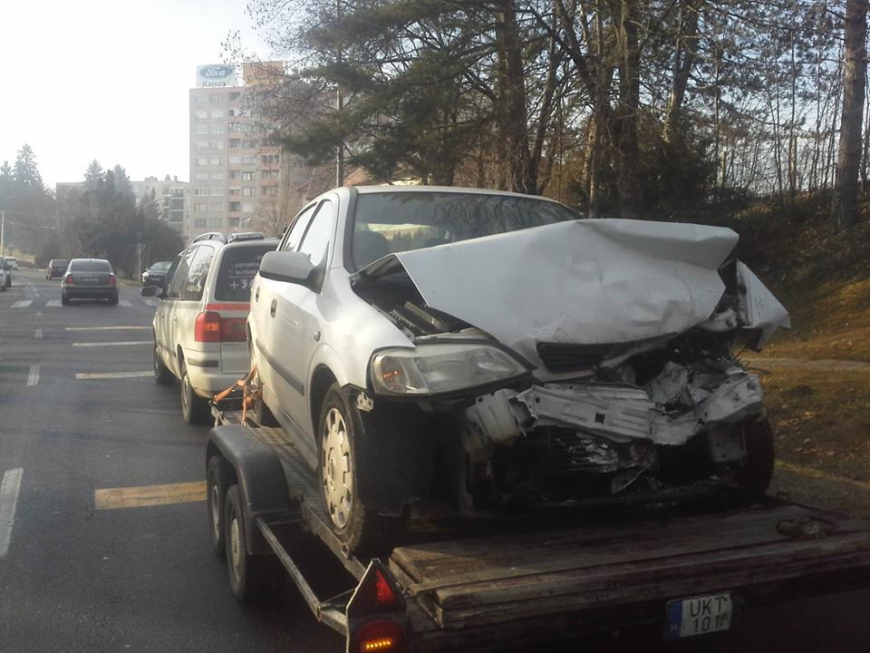 nagykanizsa-frontalis-baleset-2